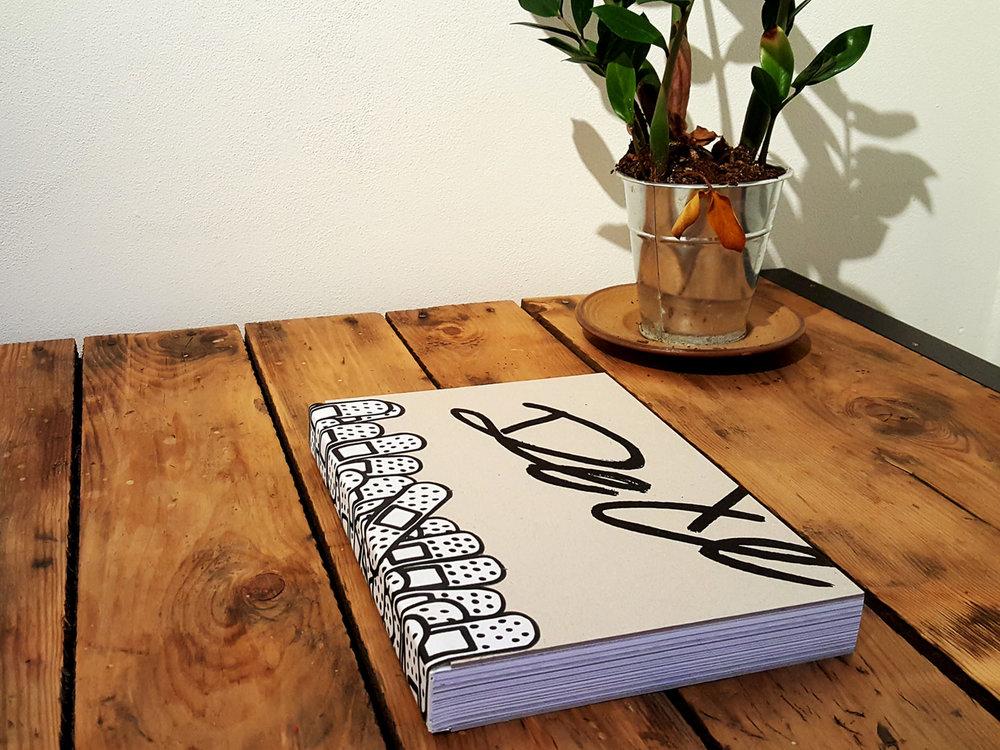 dede_book2.jpg