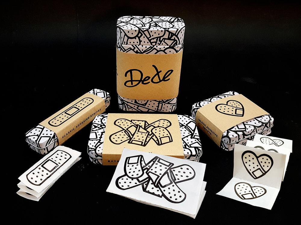 Dede_all_boxes.jpg