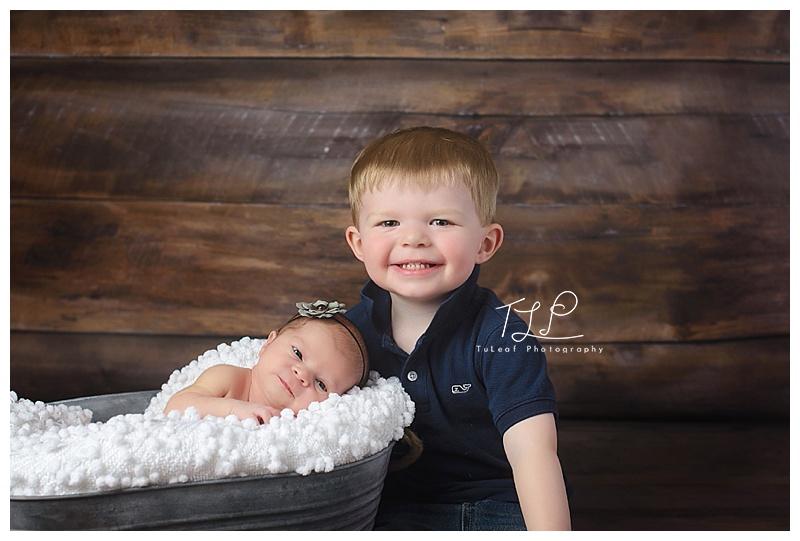 LOVE these siblings <3