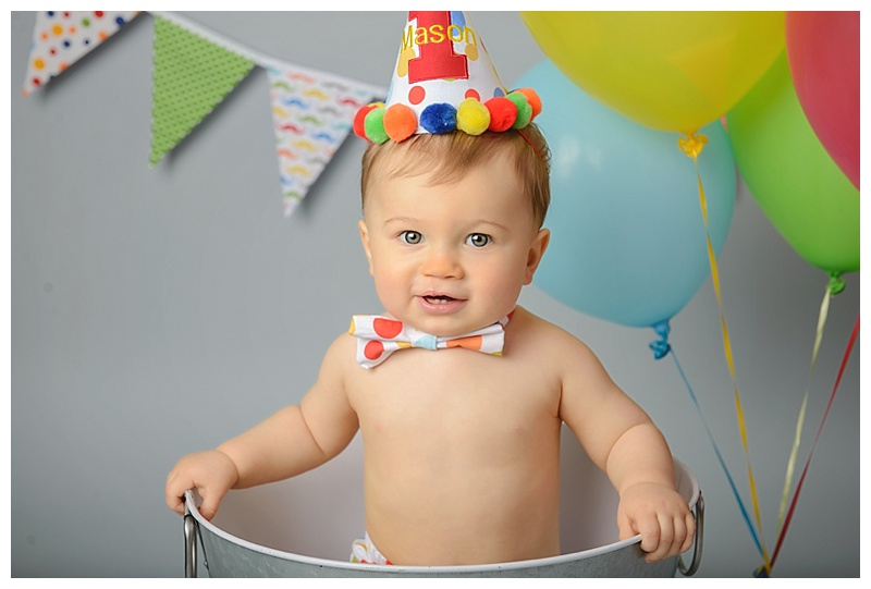 NY Cake Smash Photographer Albany baby in bucket