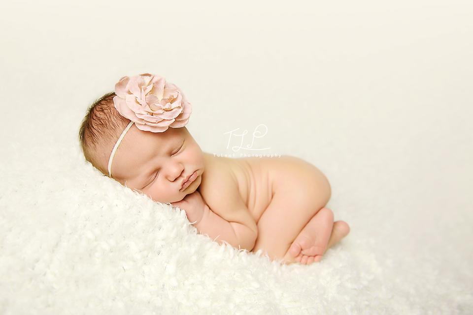 Baby Photographer Albany, NY pretty baby girl
