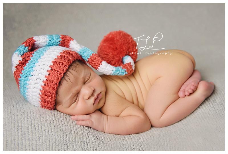 albany newborn photo baby in sleepy elf hat