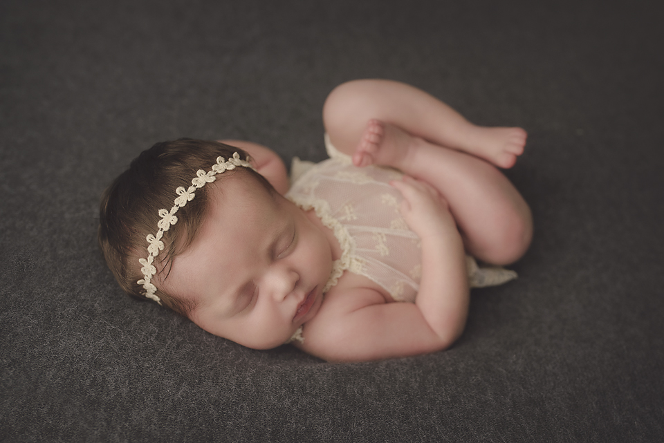 newborn photographer albany baby in lace