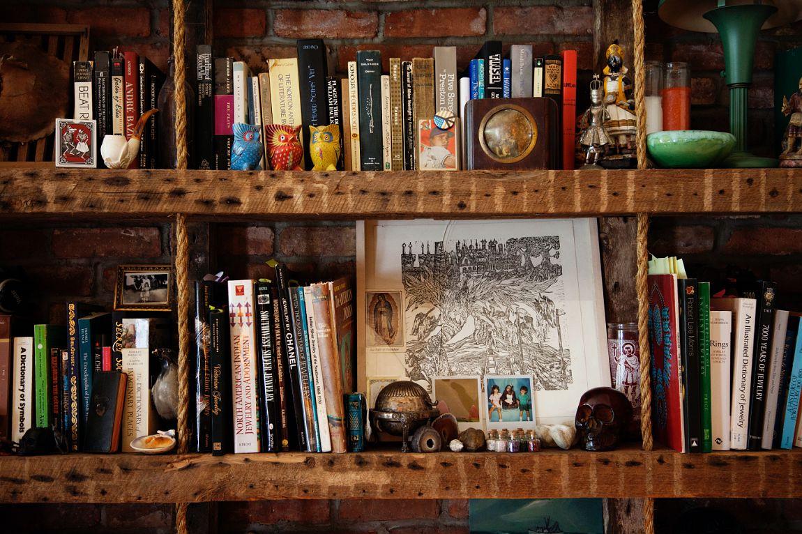 bethelie: Books!!