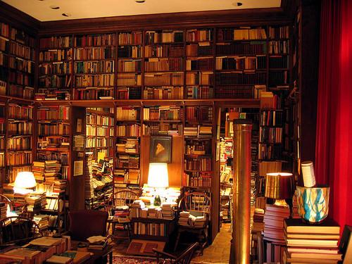 bethelie: Books, glorious books!!