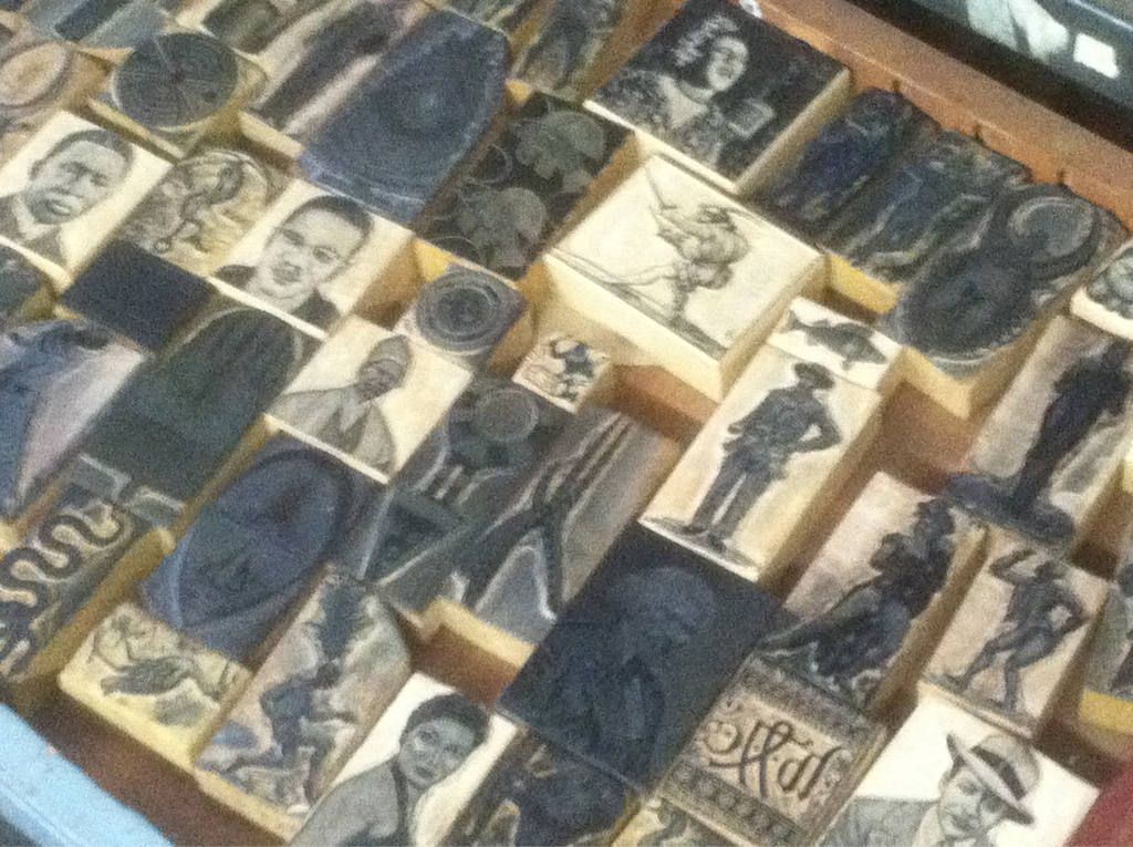 printeresting: Admiring amazing objects at Amos Kennedy's shop.