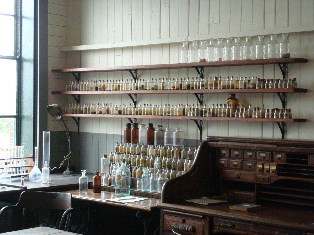 workspaces: Thomas Edison's laboratory in West Orange, NJ | via thingsorganizedneatly
