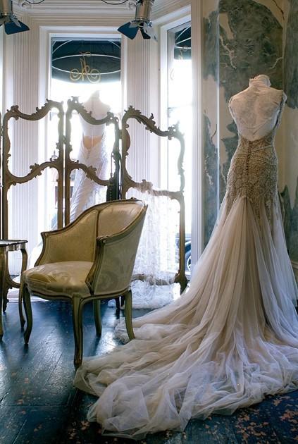 savannahmichelle: this dress is gorgeous.