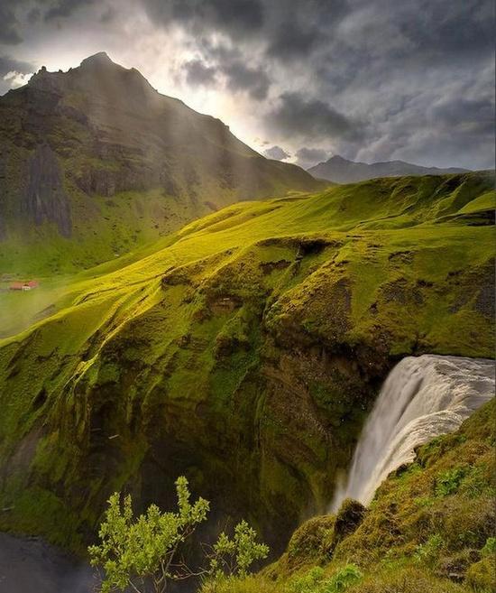 bluepueblo: Spring Waterfall, Iceland photo via meghan