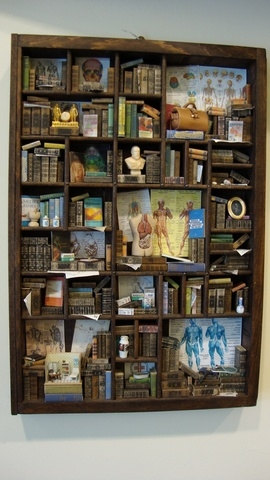 lookatthislittlething: Miniature medical-themed bookcase/library with INCEPTION MINI DOCTOR's OFFICE!! From bagusitaly on etsy, who is clearly a master of this craft!
