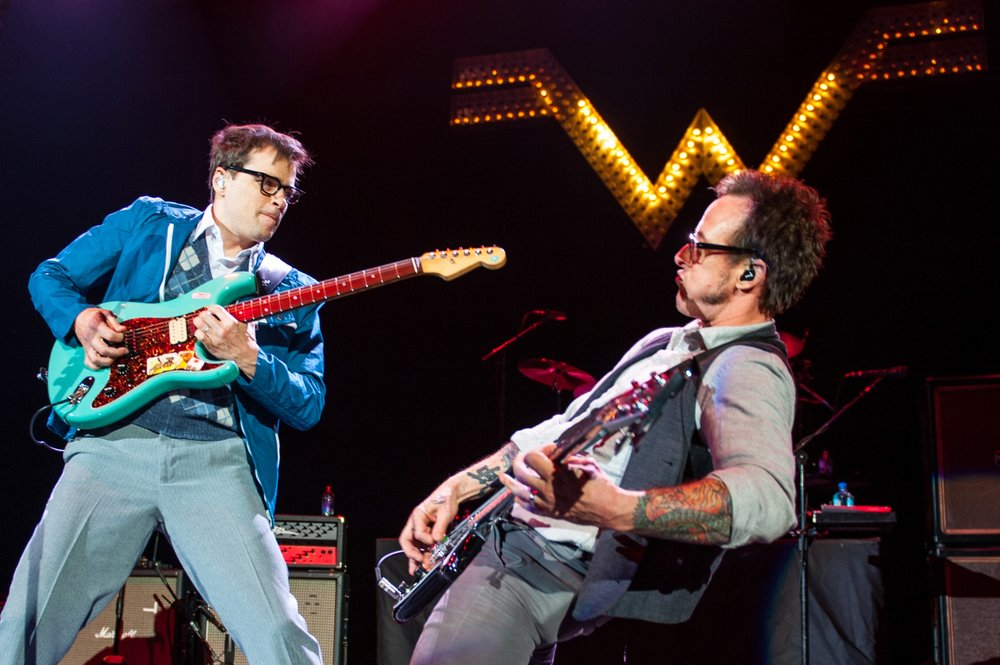 Rivers Cuomo & Scott Shriner