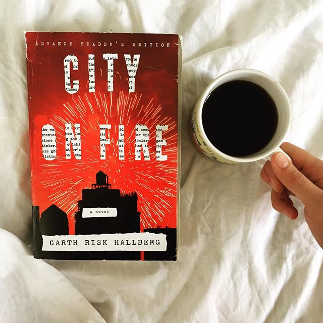 I devoted my Sunday morning to City on Fire by Garth Risk Hallberg, and I'm feeling pretty good about it as an upcoming First Editions Club selection. I'm looking forward to meeting Garth at the @odysseybookshop in October so he can sign the first printings of his book! #cityonfire #garthriskhallberg #odysseyfirsts