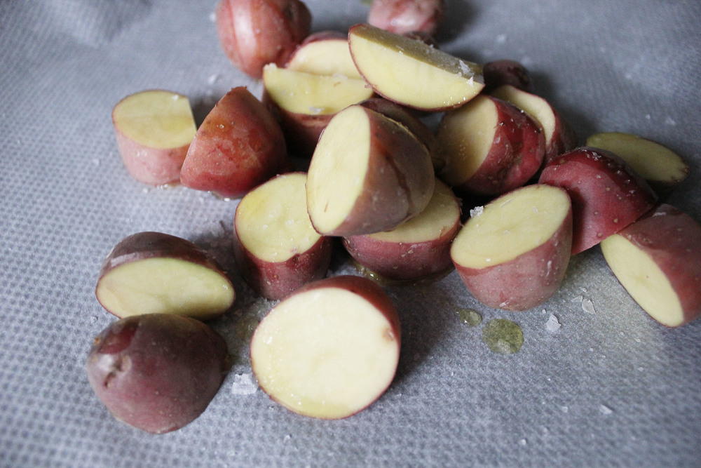 Parisian Dinner: Red potatoes - www.fancycasual.com