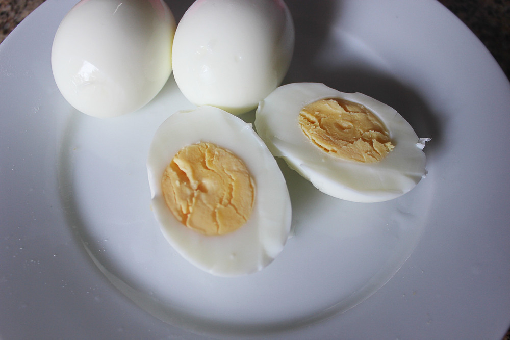 Parisian Dinner: Hard boiled eggs - www.fancycasual.com