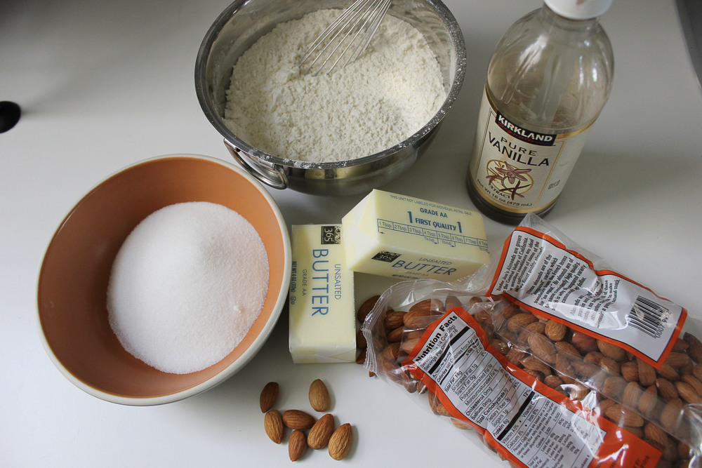 #cincodemayo dessert - David Lebovitz's Mexican wedding cookies - www.fancycasual.com
