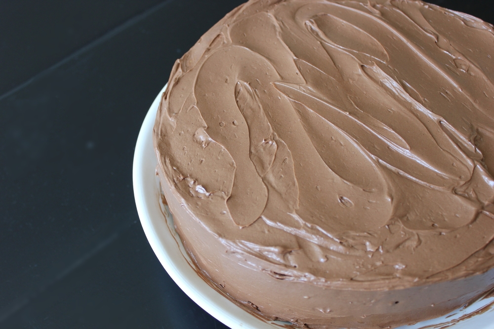 Classic yellow cake with chocolate frosting #dessert #BarefootContessa - www.fancycasual.com