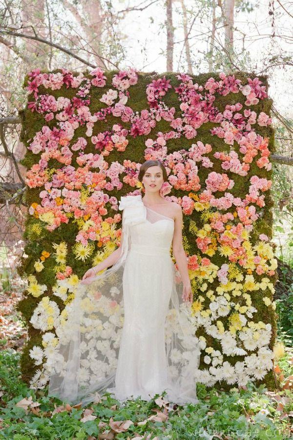 http://bajanwed.com/20-garden-wedding-ideas/#prettyPhoto