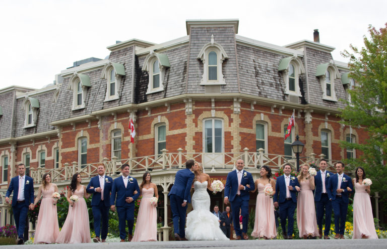 Niagaraweddingphotography-27-768x496.jpeg