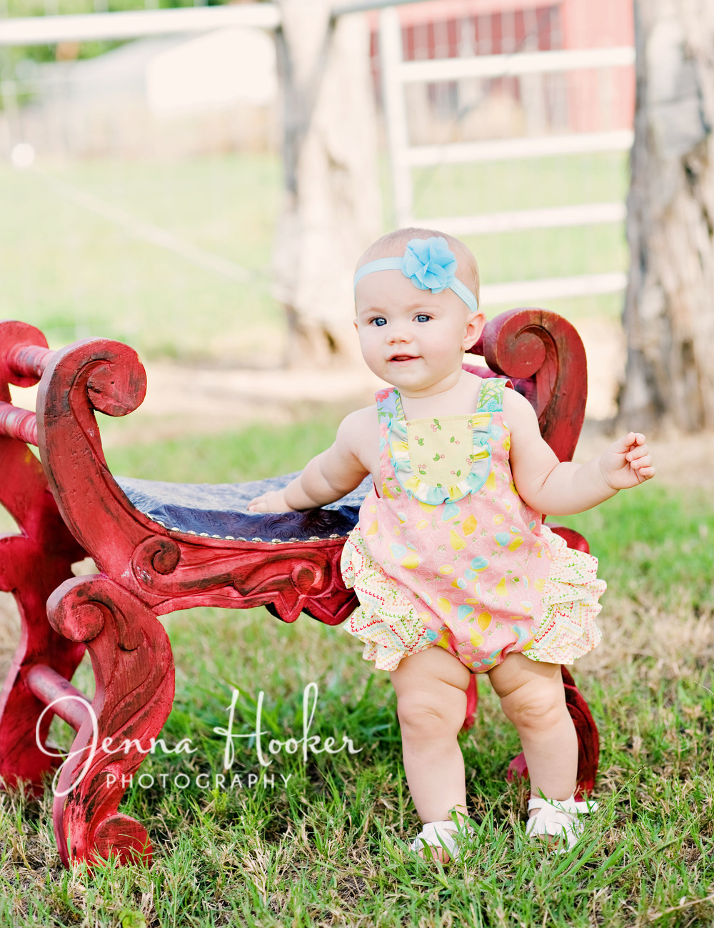 1 year old girl photography