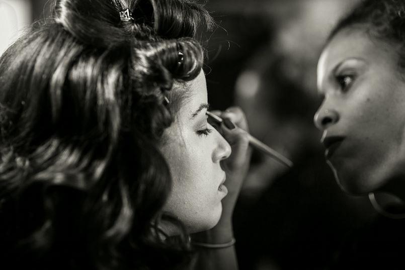 21-9183 - makeup.JPG