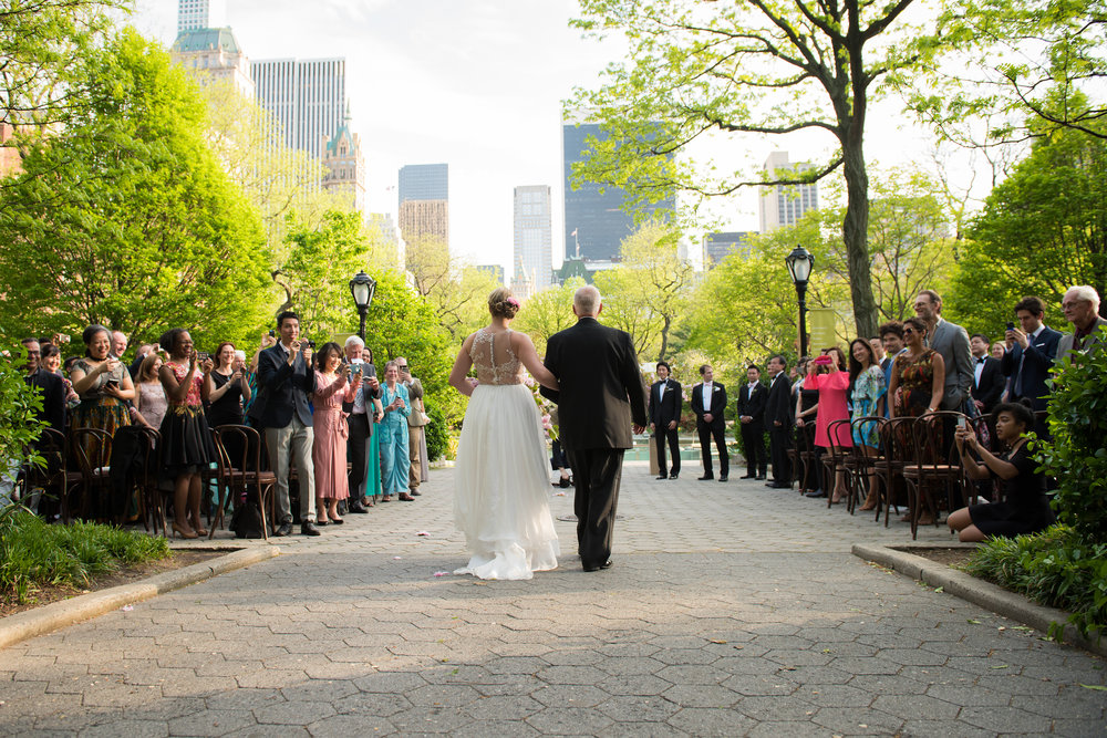 victorious-events-nyc-020-colleen-taka-central-park-zoo-wedding-raymond-hamlin.jpg