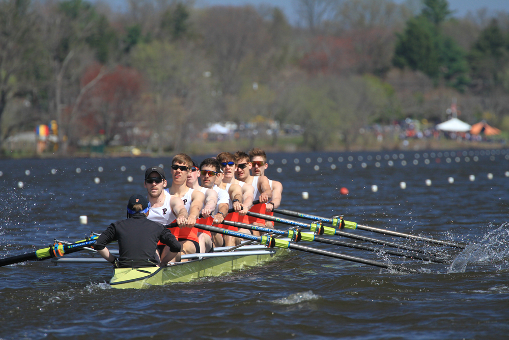 The lightweight men's 1V races to victory over Georgetown and Penn