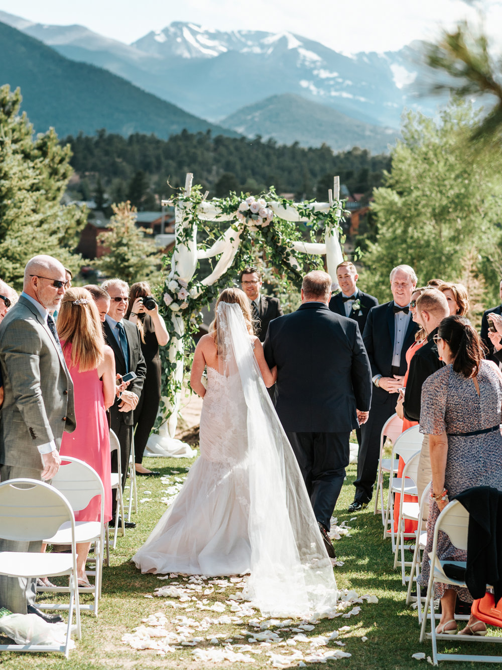 StolenGlimpses_ColoradoWeddingPhotographers_19.jpg