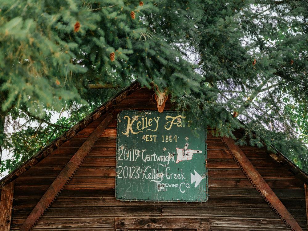 KelleyFarmWedding_StolenGlimpses77.jpg