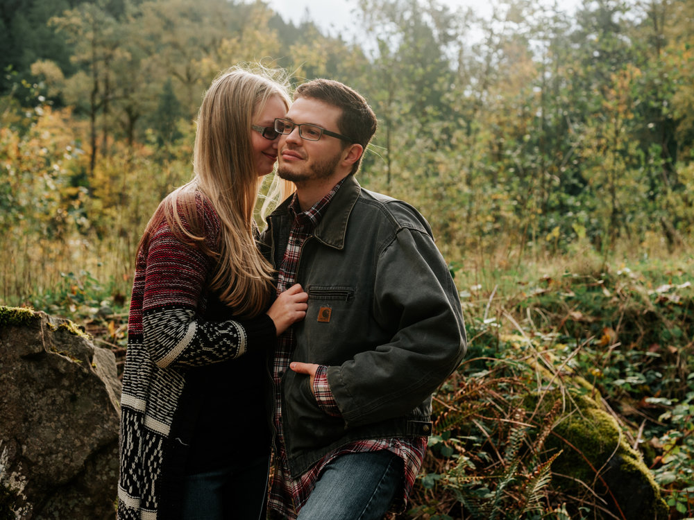 StolenGlimpses_NorthBendEngagementSession_41.jpg
