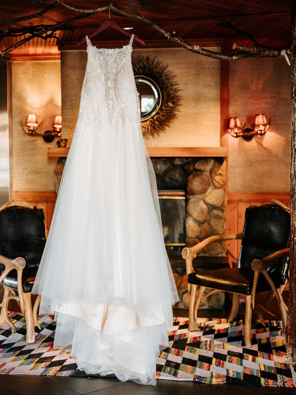 Stolen Glimpses Seattle Wedding Photographers 1.jpg