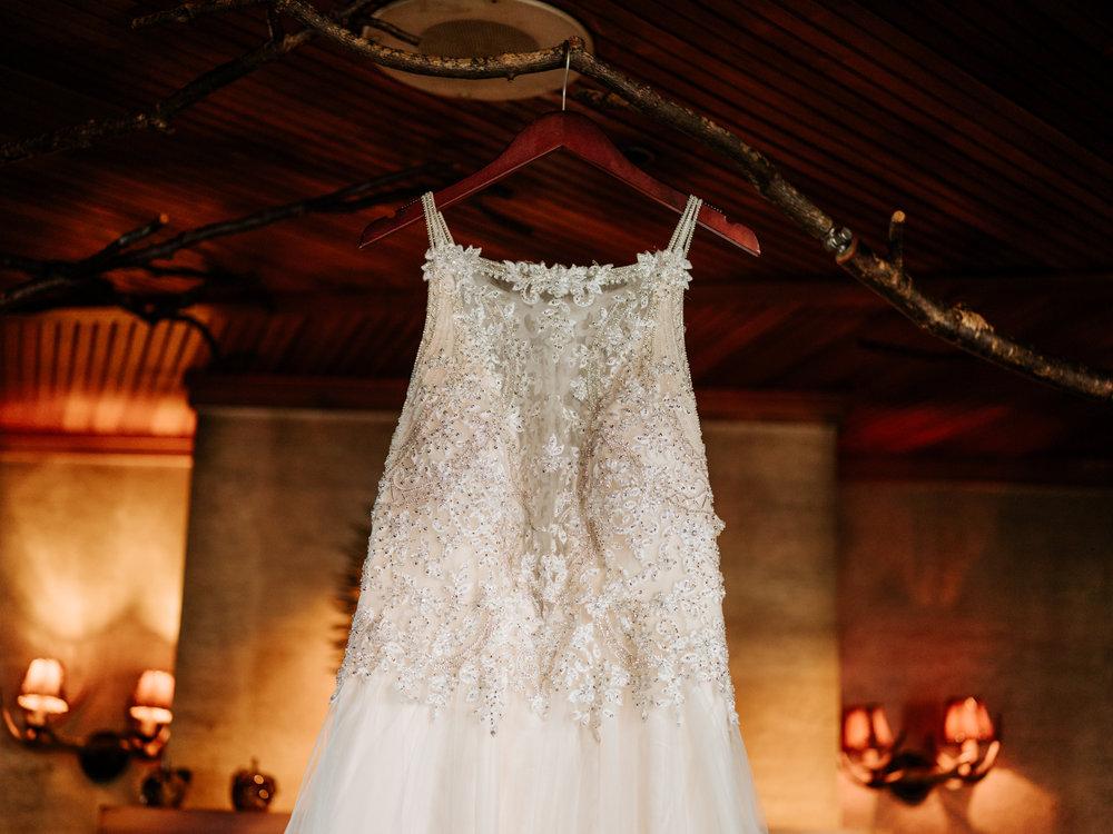 Stolen Glimpses Seattle Wedding Photographers 2.jpg