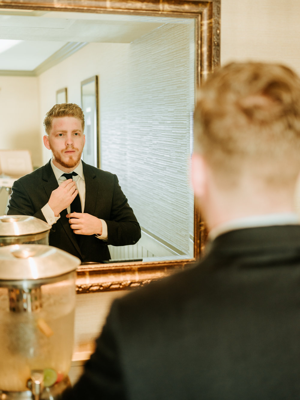 Stolen Glimpses Seattle Wedding Photographers 13.jpg