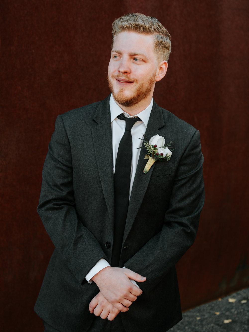 Stolen Glimpses Seattle Wedding Photographers 22.jpg