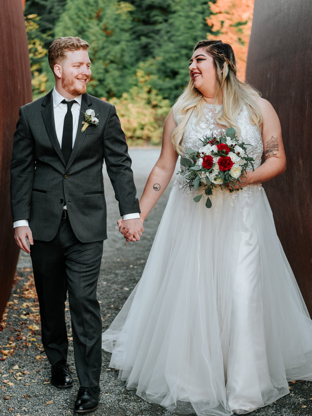Stolen Glimpses Seattle Wedding Photographers 29.jpg