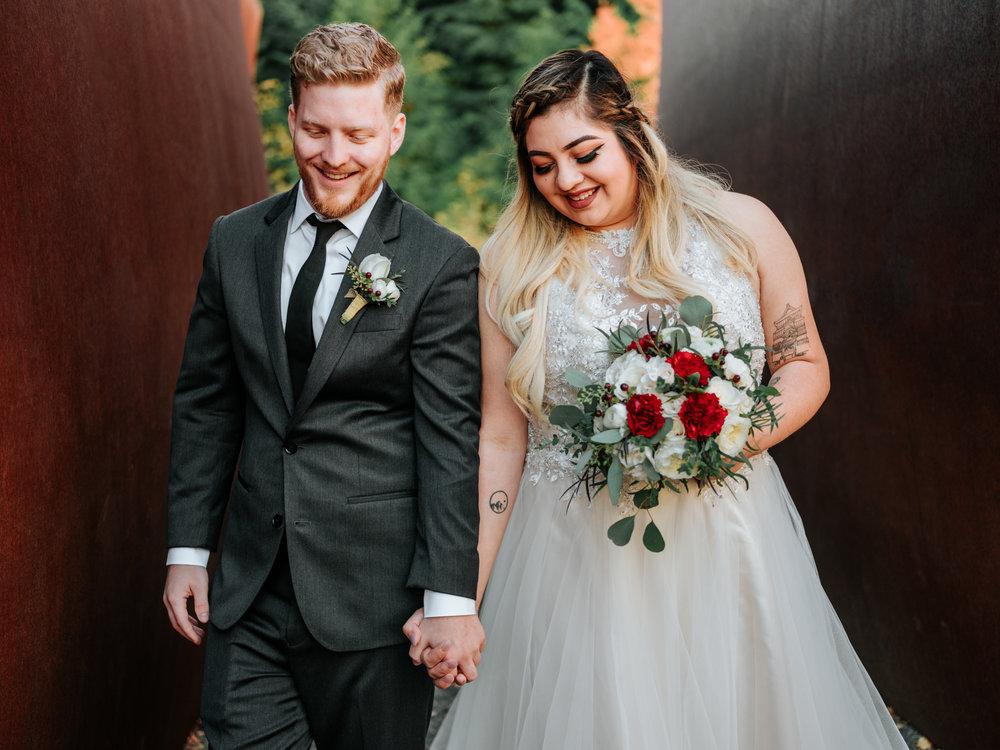 Stolen Glimpses Seattle Wedding Photographers 30.jpg