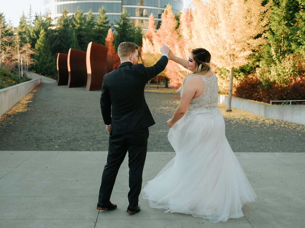 Stolen Glimpses Seattle Wedding Photographers 39.jpg