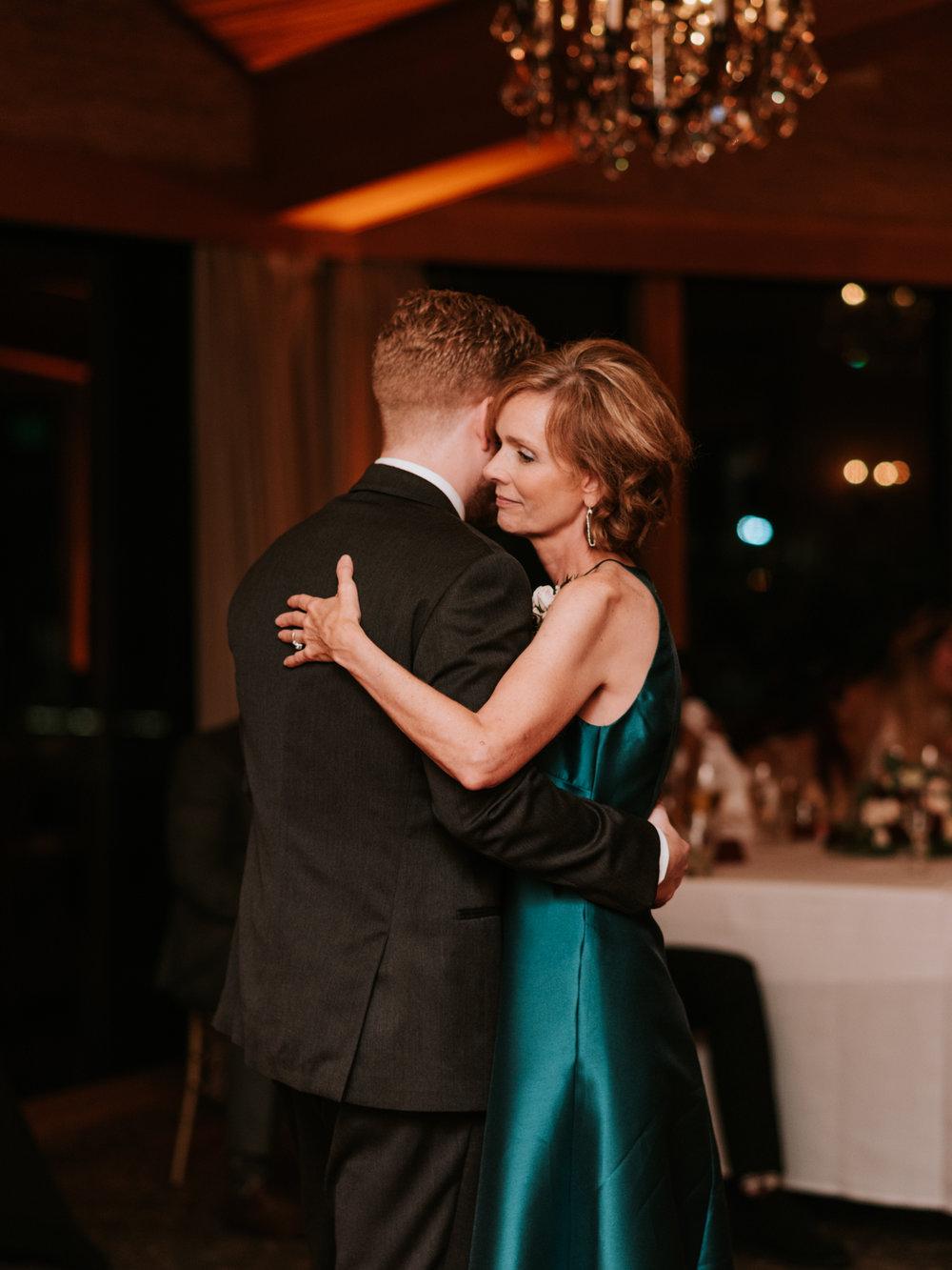 Stolen Glimpses Seattle Wedding Photographers 79.jpg