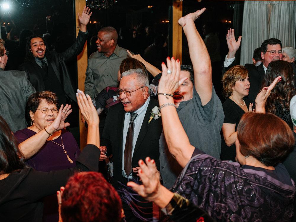 Stolen Glimpses Seattle Wedding Photographers 82.jpg