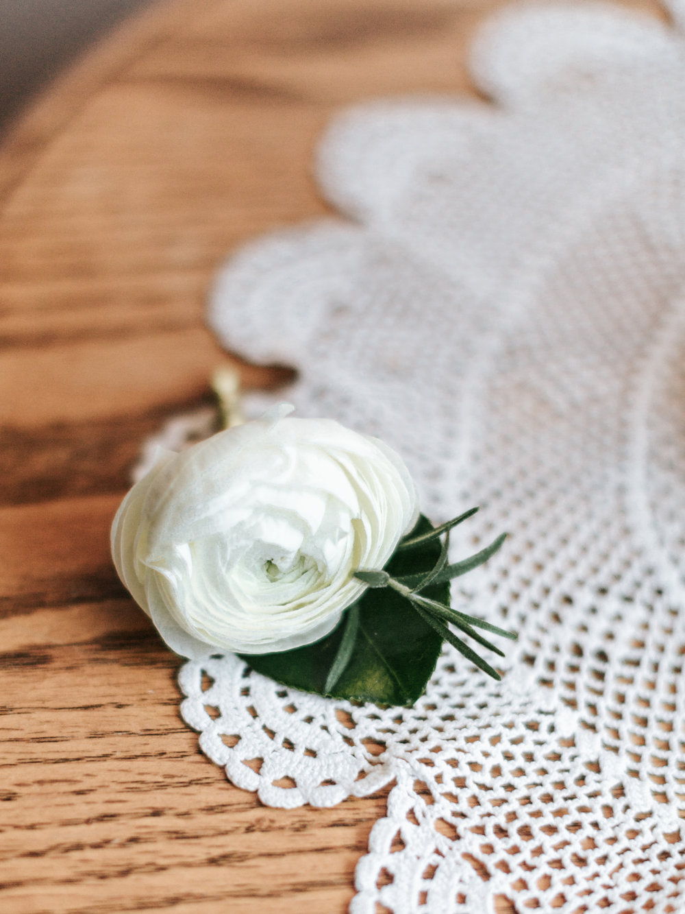 Stolen Glimpses Seattle Wedding Photographer Sodo Park Wedding 11.jpg