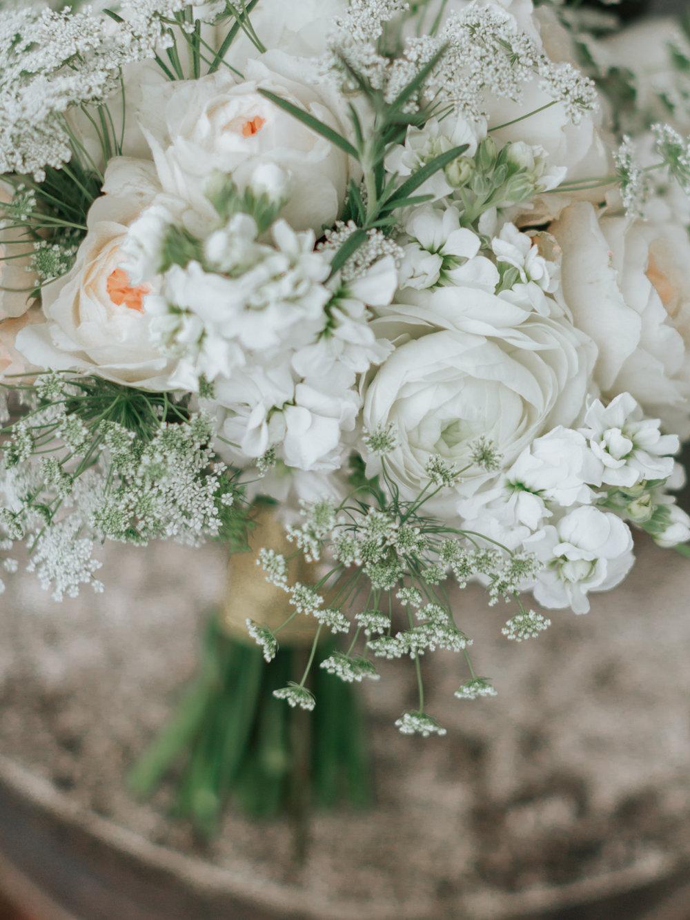 Stolen Glimpses Seattle Wedding Photographer Sodo Park Wedding 12.jpg