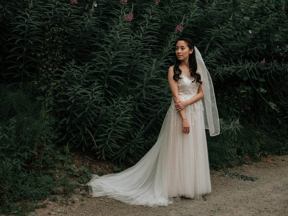 Stolen Glimpses Seattle Wedding Photographer Sodo Park Wedding 26.jpg