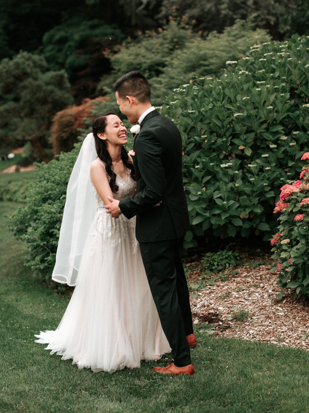 Stolen Glimpses Seattle Wedding Photographer Sodo Park Wedding 29.jpg