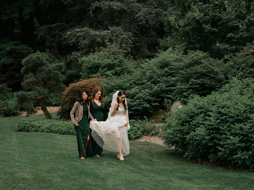 Stolen Glimpses Seattle Wedding Photographer Sodo Park Wedding 31.jpg