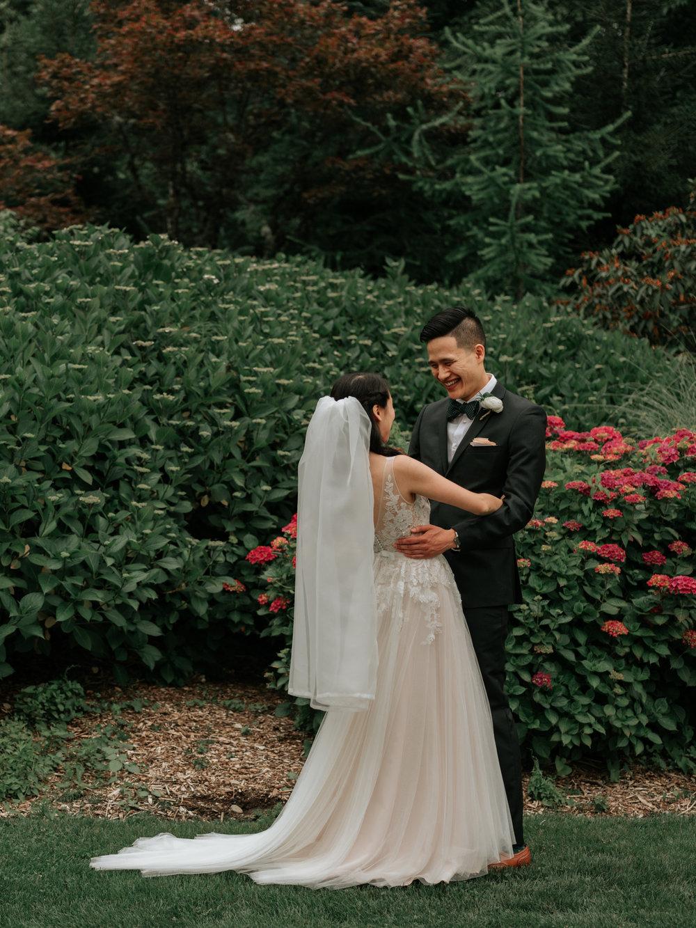 Stolen Glimpses Seattle Wedding Photographer Sodo Park Wedding 33.jpg