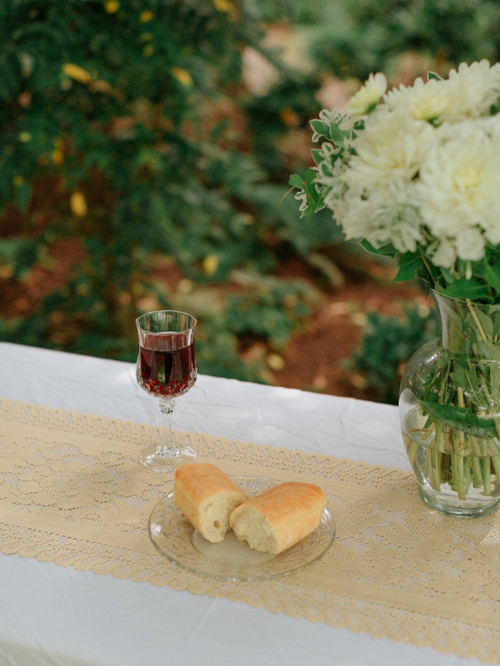 Stolen Glimpses Seattle Wedding Photographer Hidden Meadows Wedding 46.jpg
