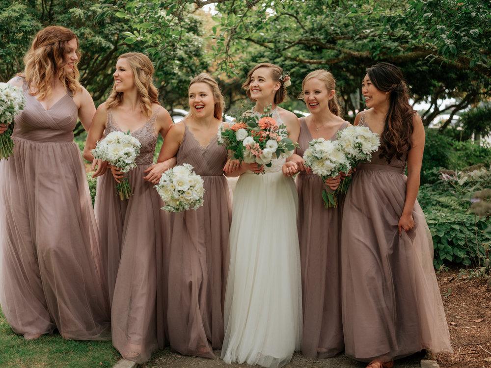 Stolen Glimpses Seattle Wedding Photographer Hidden Meadows Wedding 79.jpg