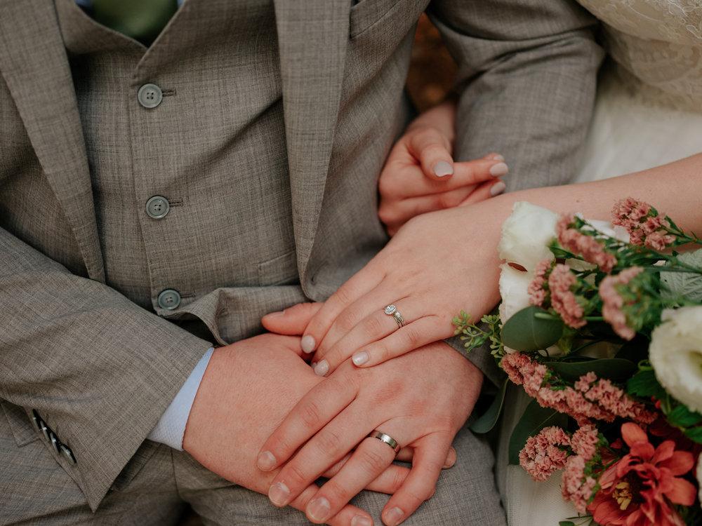 Stolen Glimpses Seattle Wedding Photographer Hidden Meadows Wedding 96.jpg