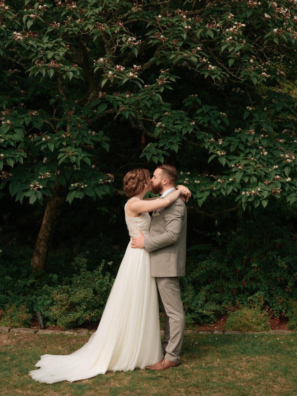 Stolen Glimpses Seattle Wedding Photographer Hidden Meadows Wedding 97.jpg