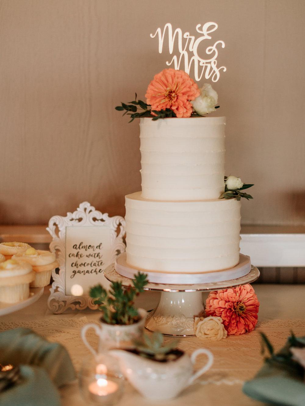 Stolen Glimpses Seattle Wedding Photographer Hidden Meadows Wedding 106.jpg