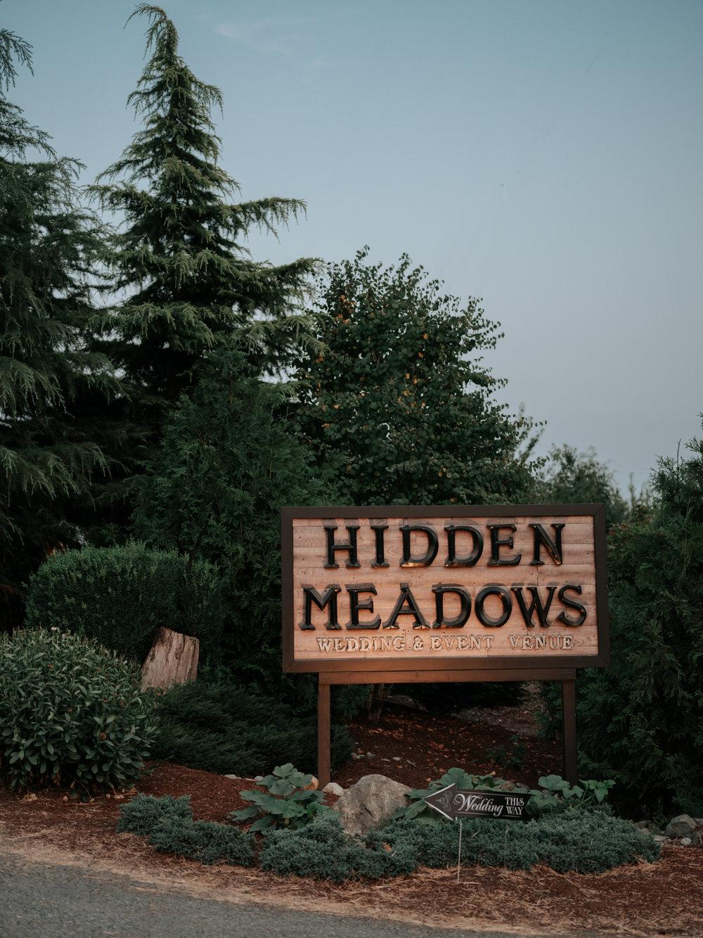 Stolen Glimpses Seattle Wedding Photographer Hidden Meadows Wedding 140.jpg